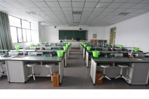 生物实验室(四层)